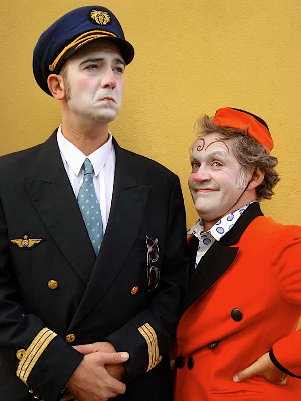 Le brame de l'escargot - Royal Air Farce duo clowns